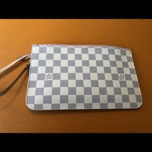 Damier Azur Neverfull GM pouch